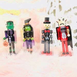 NIB Set of 4 Halloween Wooden Nutcracker Decor